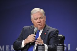 Gov. Barbour speaks on panel at CGI America in Chicago