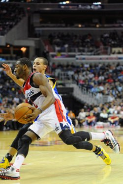 Washington Wizards vs Golden State Warriors in Washington
