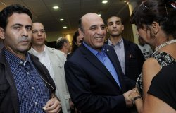 Shaul Mofaz, Israeli Transportation Minister campaigns for the chairmanship of the Kadima Party before Wednesday's primary election