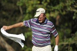 Kelly throws towel on 13th tee at 93rd PGA Championship