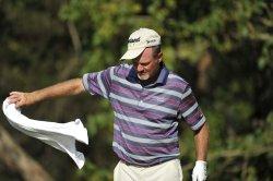 Kelly throws towel on 13th tee at 93rd PGA Championship
