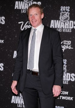 Daniel Alfredsson arrives at the 2012 NHL Awards in Las Vegas