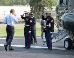 Obama Arrives at Bethesda