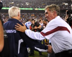 Dallas Cowboys' head coach Wade Phillips and Redskins head coach Mike Shanahan in Washington