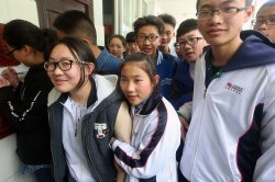 Tibetan students meet foreign journalists at a new middle school in Ganzi Prefecture