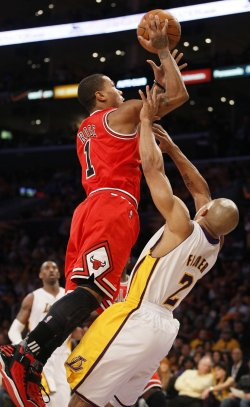 Los Angeles Lakers play Chicago Bulls in Los Angeles