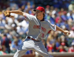 Red's Wood pitches debut against Cubs in Chicago