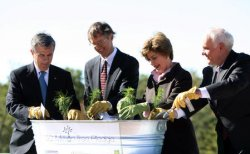 FIRST LADY LAURA BUSH PLANTS THE FIRST OF 50 MILLION TREES