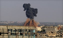 Israeli Warplanes Hit Gaza