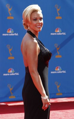 Kate Gosselin arrives at the 62nd Primetime Emmy Awards in Los Angeles