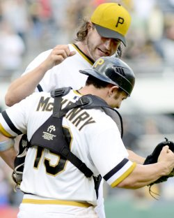 Pittsburgh Pirates Defeat Los Angeles Dodgers 6-3 in Pittsburgh