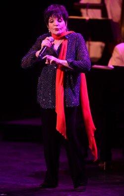 Liza Minnelli performs in London