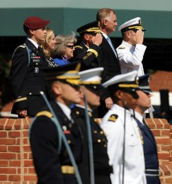 Gen. Petraeus retires in Virginia