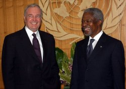 PRIME MINISTER PETER MARTIN OF CANADA VISITS THE UN
