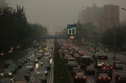 Heavy pollution and heavy traffic hits Beijing