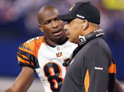 Bengals Ochocinco and Coach Lewis