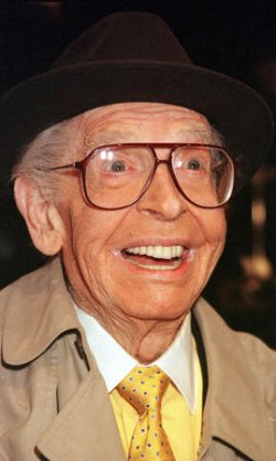 "Milton Berle ""Mr. Television"" dies at the age of 93"