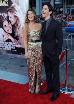 """Drew Barrymore and Justin Long attend the """"Going the Distance"""" premiere in Los Angeles"""