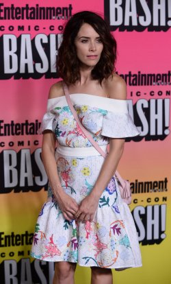 Abigail Spencer attends Entertainment Weekly's Comic-Con Bash in San Diego