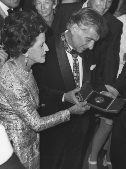 Leonard Bernstein presented medal by Mrs. Rose Kennedy