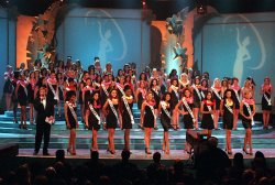 Jack Wagner, announces the 10 Delegates to compete for the 1998 MISS UNIVERSE Pageant