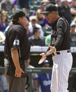 Rockies Manager Tracy Argues Call with Umpire Schrieber in Denver