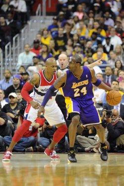 Kobe Bryant plays in Washington