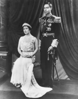Official portrait of King George VI and Queen Elizabeth