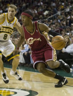 Cleveland Cavaliers vs Seattle SuperSonics