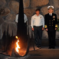 Chairman of the U.S. Joint Chiefs of Staff, Admiral Michael Mullen attends a memorial ceremony at the Yad Vashem Holocaust Museum in Jerusalem