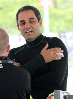 Juan Pablo Montoya tries for a Brickyard 400 win at the Indianapolis Motor Speedway