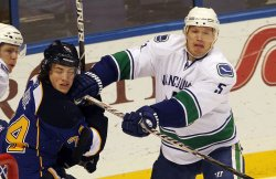 Vancouver Canucks vs St. Louis Blues