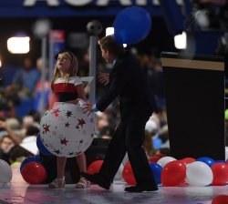Trump children play with balloons at the RNC in Cleveland