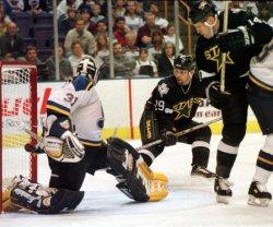 St. Louis Blues vs Dallas Stars hockey