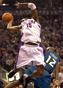 Detroit Pistons dfeat Toronto Raptors 104-95