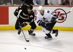 VANCOUVER CANUCKS VS ANAHEIM DUCKS IN WESTERN CONFERENCE SEMIFINALS
