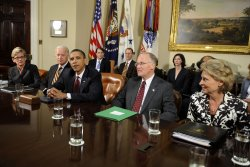 U.S. President Barack Obama meets with U.S. Governors to discuss health care in Washington