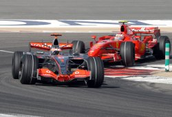FERRARI'S FELIPE MASSA WINS THE BAHRAIN FORMULA ONE GRAND PRIX