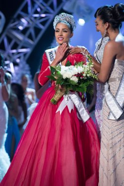 Miss USA 2012 Olivia Culpo is crowned the winner of the 2012 Miss Universe Competition in Las Vegas, Nevada