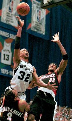 Spurs vs Trailblazers