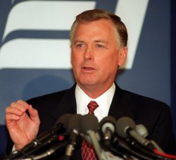 Dan Quayle campaigns for President in Washington, D.C.