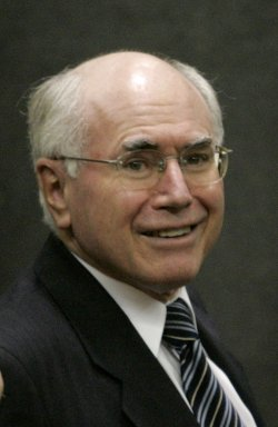 AUSTRALIAN PRIME MINISTER JOHN HOWARD TOURS CHICAGO MERCANTILE EXCHANGE