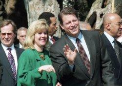 U.S. President Bill Clinton and King of Morocco Hassan II meet in Washington