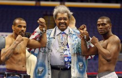 Weigh-in for Spinks-Phillips boxing event in St. Louis