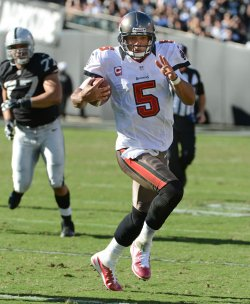 Oakland Raiders vs Tampa Bay Buccaneers in Oakland, California