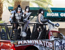 (L-R) Musicians Gene Simmons, Tommy Thayer, and Paul Stanley of the band KISS arrive at the Academy of Country Music Awards in Las Vegas