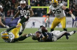 Patriots Banta-Cain sacks Packers Flynn at Gillette Stadium in Foxboro, MA.
