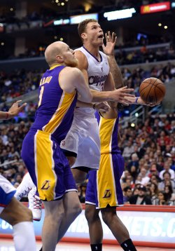 Los Angeles Clippers vs Los Angeles Lakers in Los Angeles