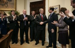 BUSH CONTRATULATES ALITO AT WHITE HOUSE