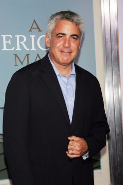 "Adam Arkin arrives at the ""A Serious Man"" Premiere in New York"